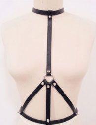 BDSM Δερμάτινο γυναικείο αξεσουάρ με άνοιγμα στο στήθος