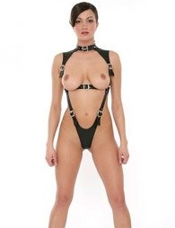 BDSM Δερμάτινο γυναικείο κορμάκι με περιλαίμιο