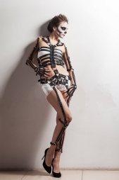 BDSM Δερμάτινο σετ με ζαρτιέρες σε μορφή σκελετού