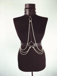 BDSM Δερμάτινο γυναικείο τοπ με λαιμοδέτη & αλυσίδες