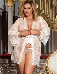 Plus Size White Delicate Lace Sleepwear Gown